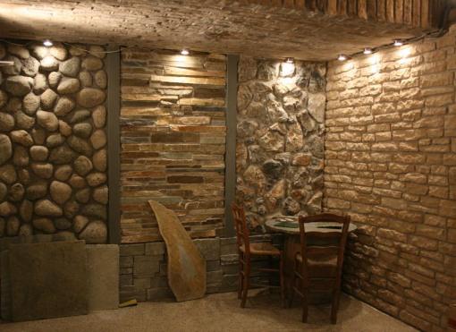Natursten, støbte sten, murstensskaller.
