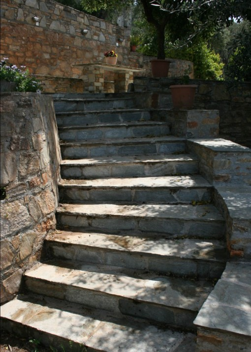 trapperne, Trapper i natursten